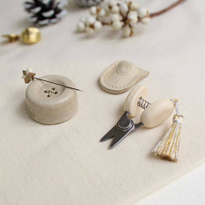 Limited Edition: Cohana Sewing Set - Mini Scissors & Magnetic Button  - Winter Gold 2020 | Yarn Worx