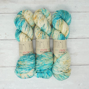 Emma's Yarn - Hella Hank - 150g - Turtle Haven | Yarn Worx