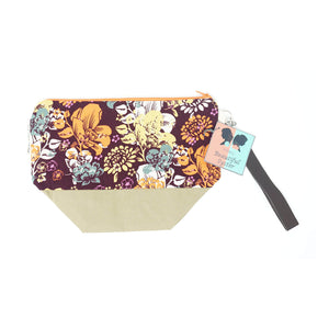 Beautiful Syster Hillary zipped project bag with flowers fabric. Bag is shown laying flat.