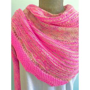 Hug Shot Shawl Kit - Casapinka Pattern - Emma's Yarn Splendid Singles with Pattern