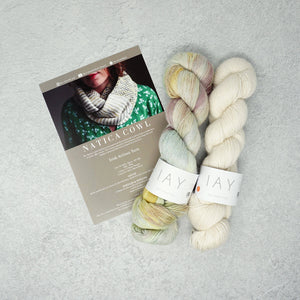 Irish Artisan Yarn - Natica Cowl Kit- 2 x 100g 4ply & Pattern Yarn Worx Exclusive and Ecru | Yarn Worx