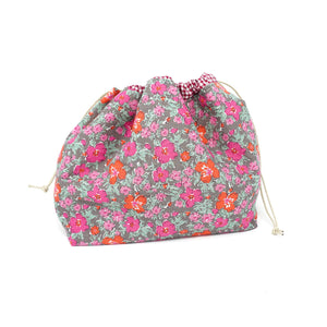 Sew Ray Me Pink Flowers Drawstring Project Bag shown closed