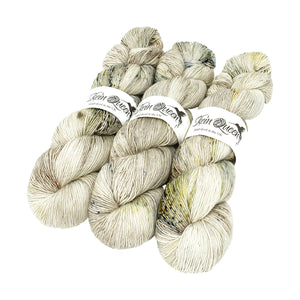 Skein Queen - Wriggle Merino Singles - 100g - Snow Bunting