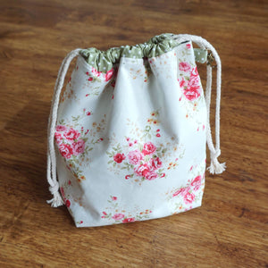 Medium Drawstring Project Bag - Mixed Flowers | Yarn Worx