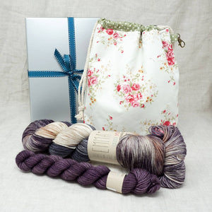 Sock Knitters Delight Gift 2 (Project Bag, Emma's Yarn Sock 1 x 100g & 1 x 20g) | Road Less Travelled with Twilight | Yarn Worx