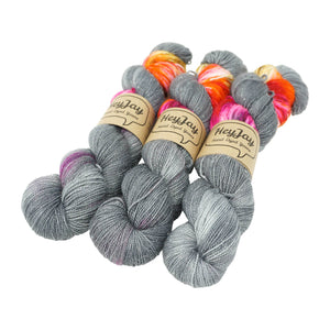 HeyJay Yarns - Sparkle Sock Yarn - 100g - Torch It