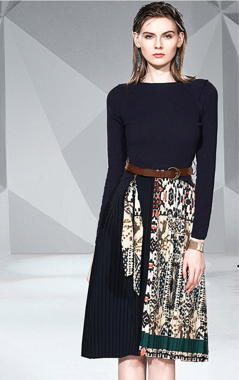 Women's Long Sleeve Fashion Design Knitted Dress with Belt