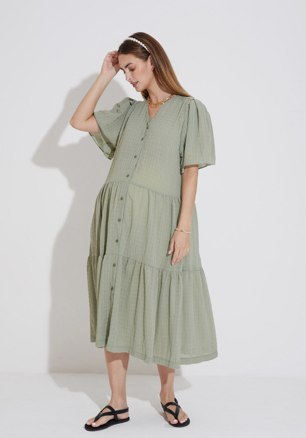 SEERSUCKER BUTTON NURSING DRESS