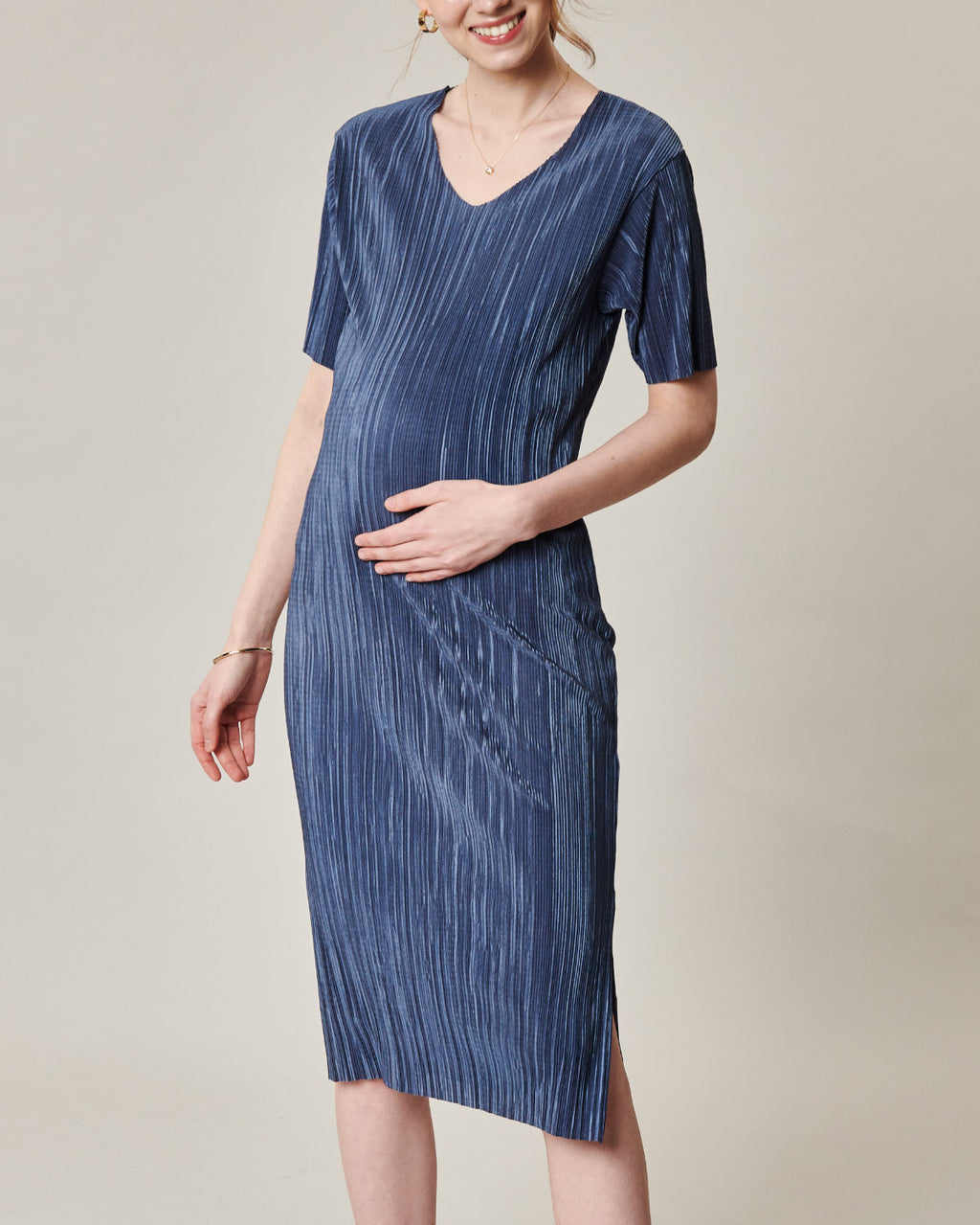 PLEATED SLIT MIDI DRESS