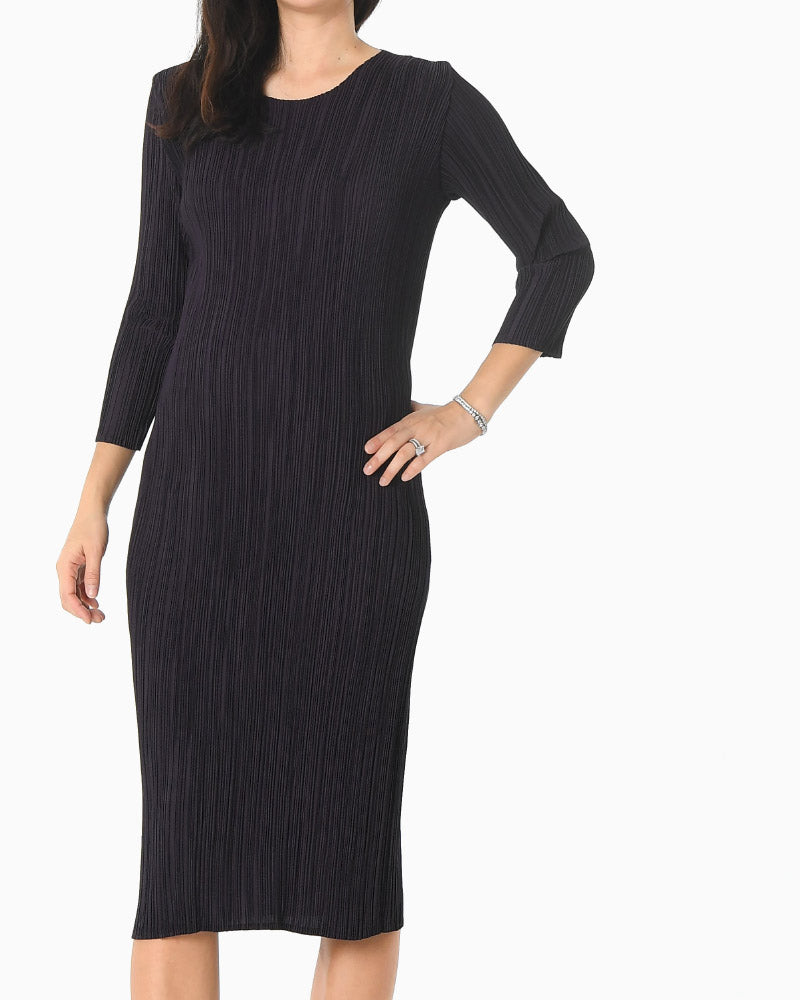 [EDITOR'S PICK] PLEATED MIDI DRESS