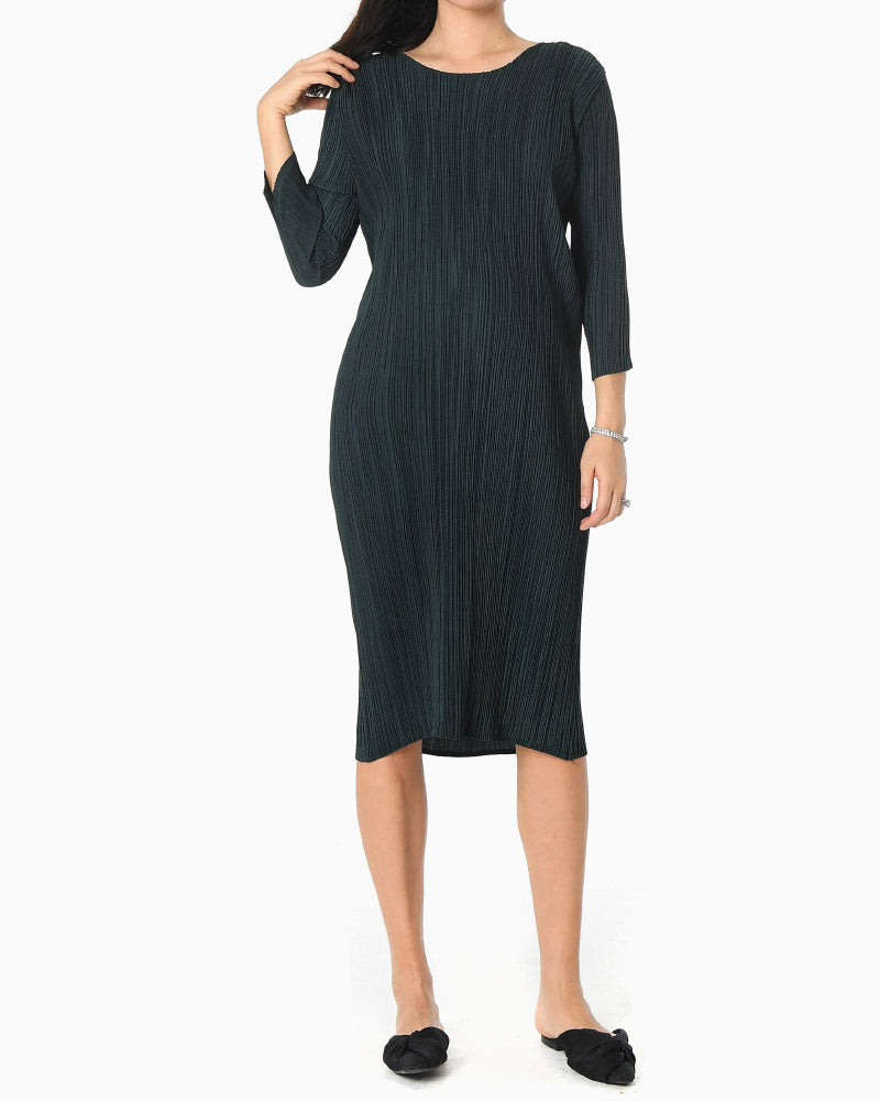 [EDITOR'S PICK] LUXE PLEATED MIDI DRESS