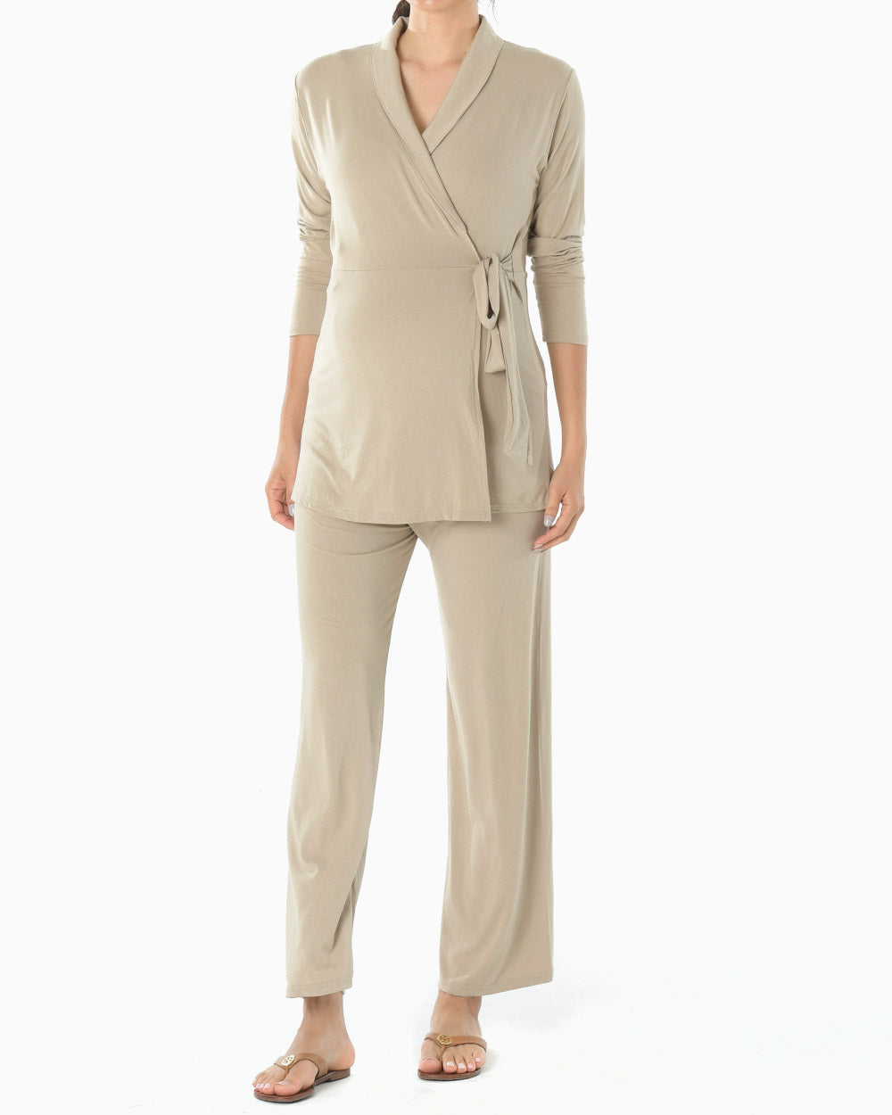 [EDITOR'S PICK] LUXE NURSING PJ SET
