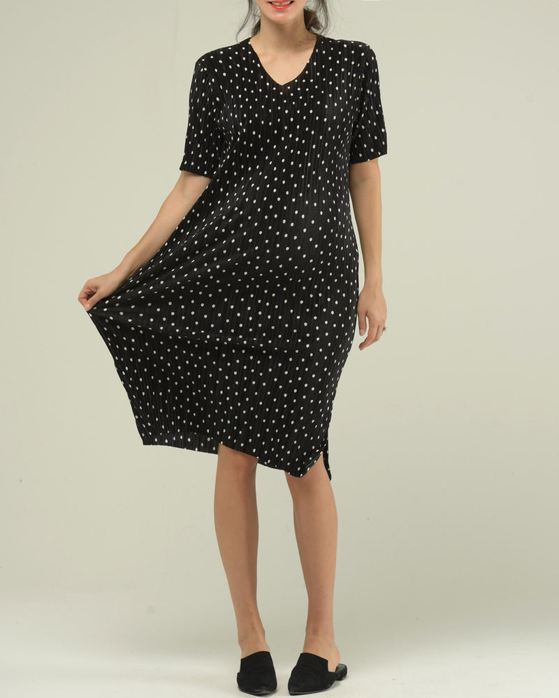 [EDITOR'S PICK] PLEATED POLKA DOT DRESS