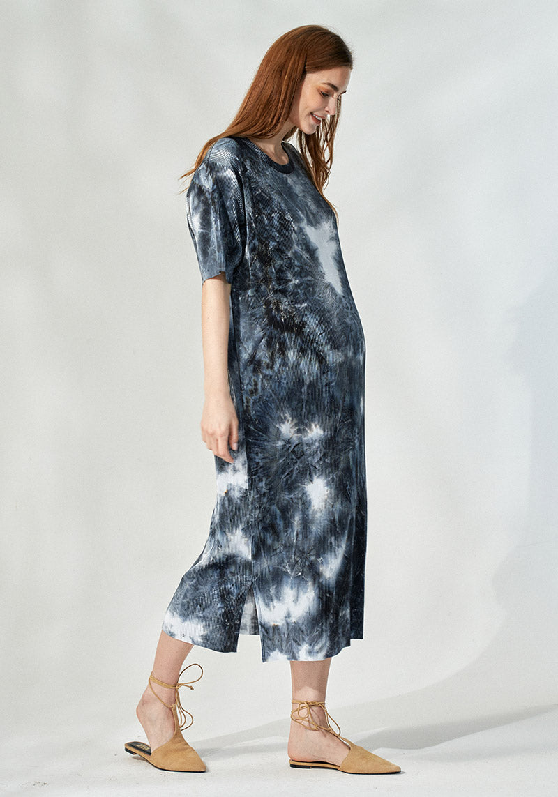 PLEATED TIE DYE DRESS