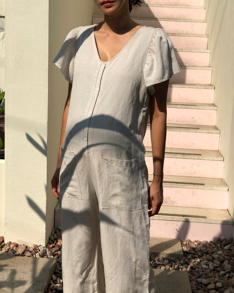 [MOMMY & ME] LINEN NURSING JUMPSUIT
