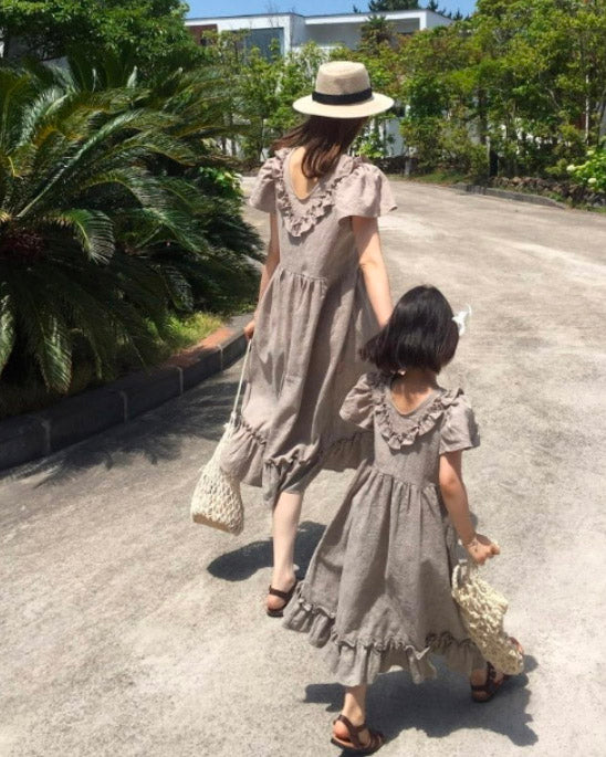 [MOMMY & ME] TEXTURED RUFFLE DRESS