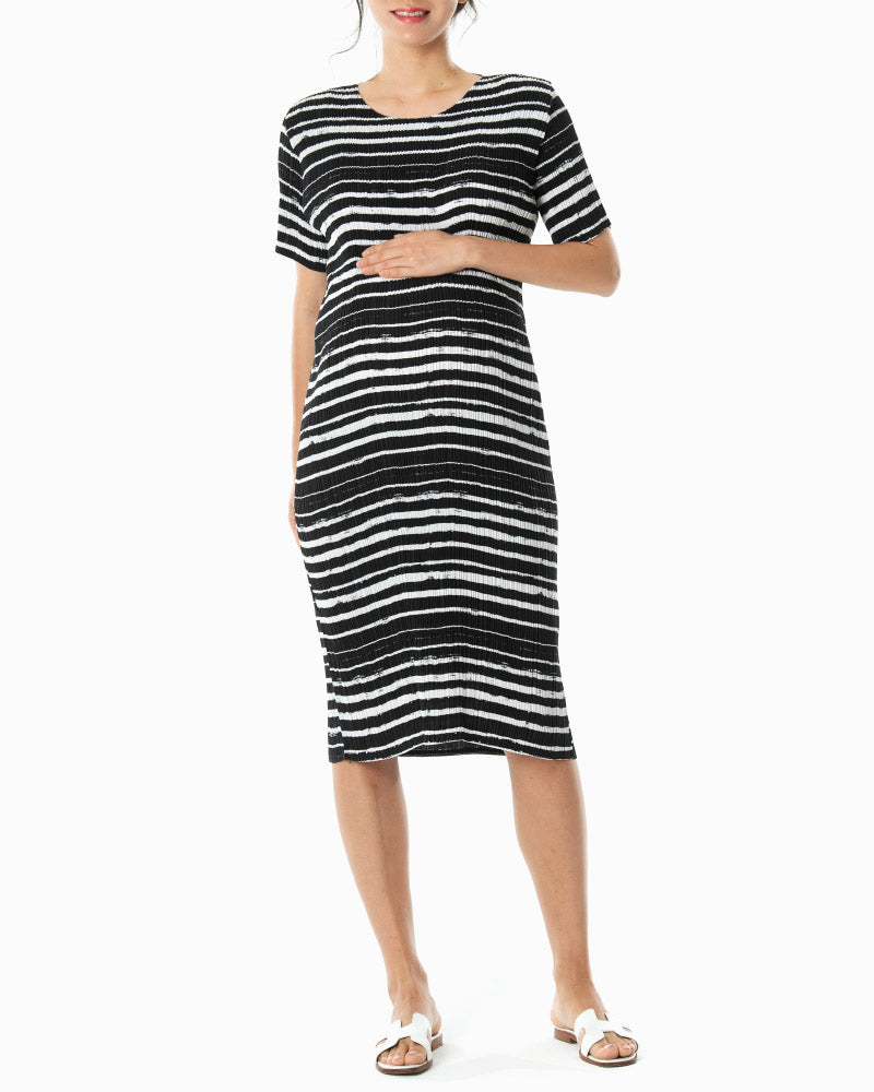 [EDITOR'S PICK] PLEATED STRIPE DRESS