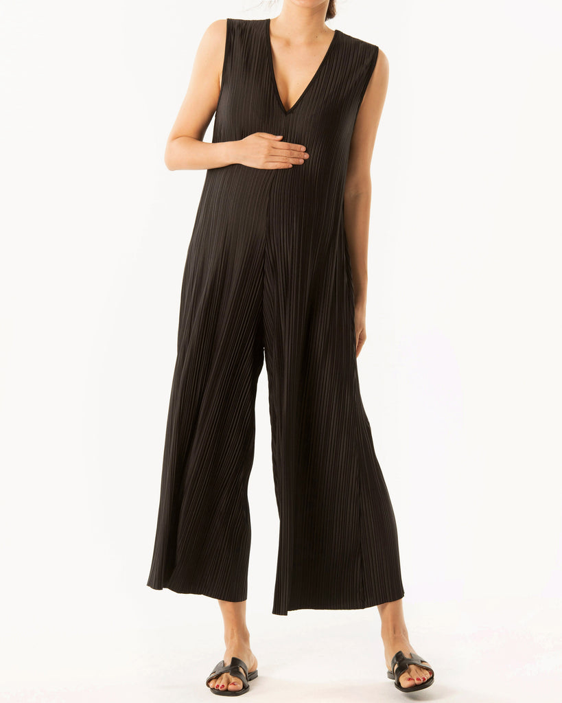INFINITE STRETCH PLEATED JUMPSUIT