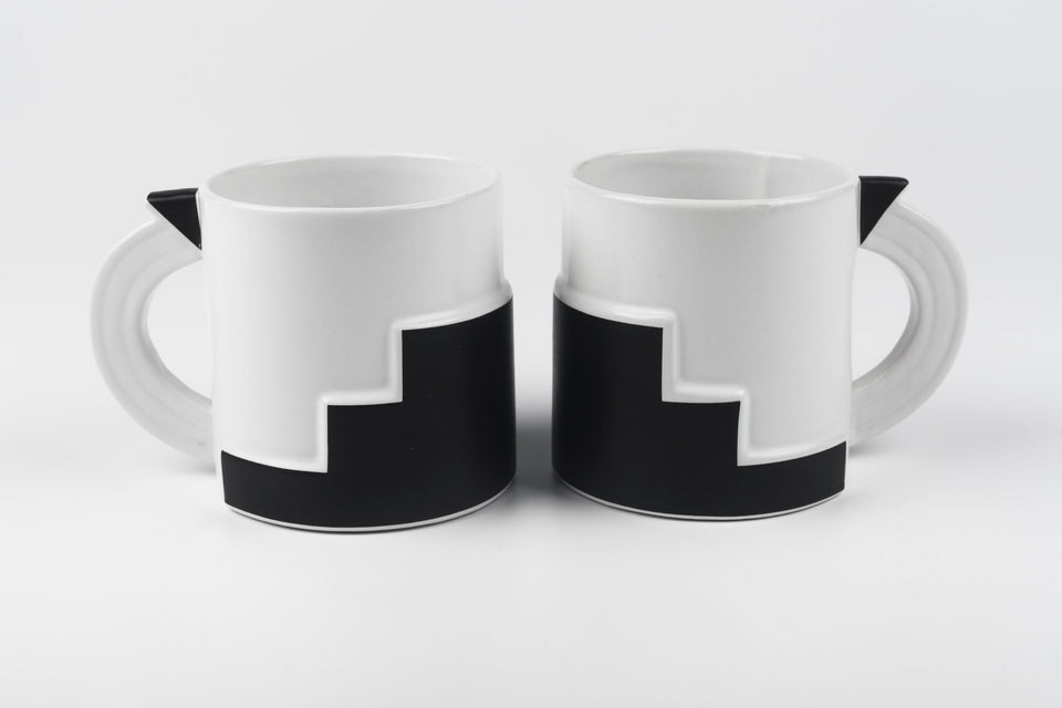 Black and white art deco inspired mug from 1980s Japan, designed by Kato Kogei for Fujimori.