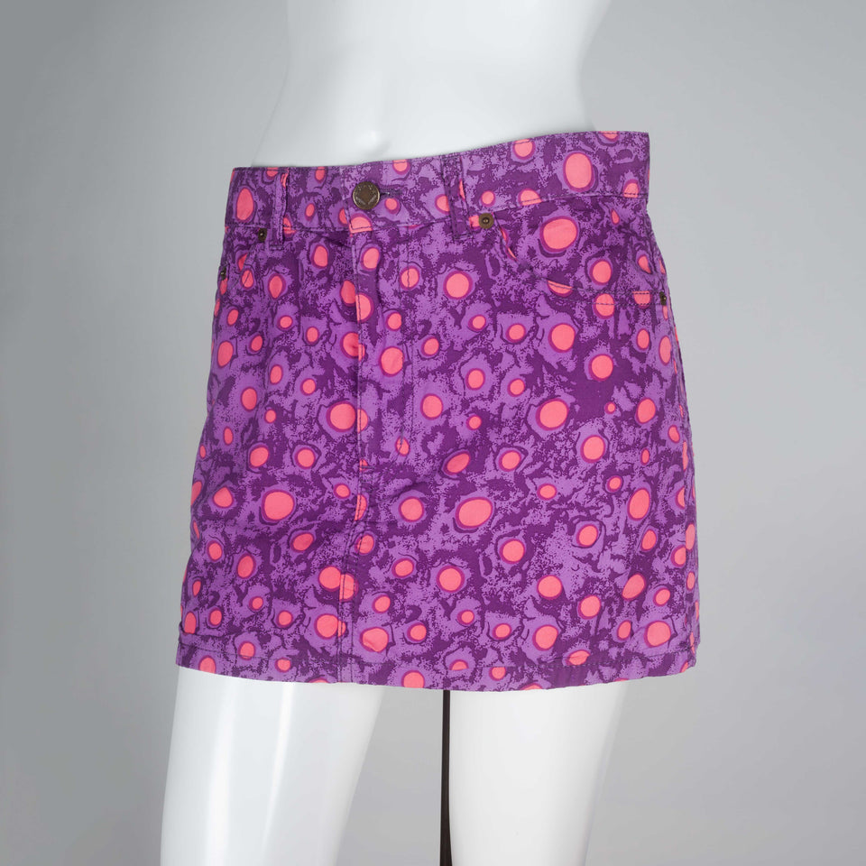 Comme des Garçons Tao 2009 cotton mini skirt in two shades of purple and playful, bright pink circles motif.