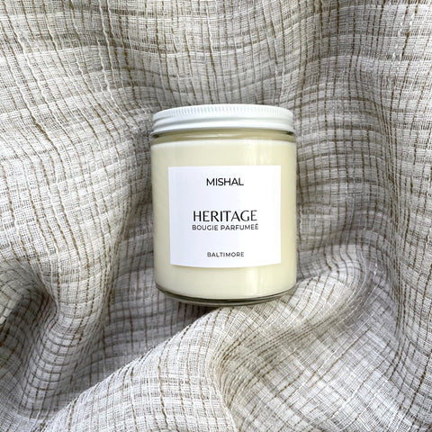 handcrafted sandalwood soy wax candle