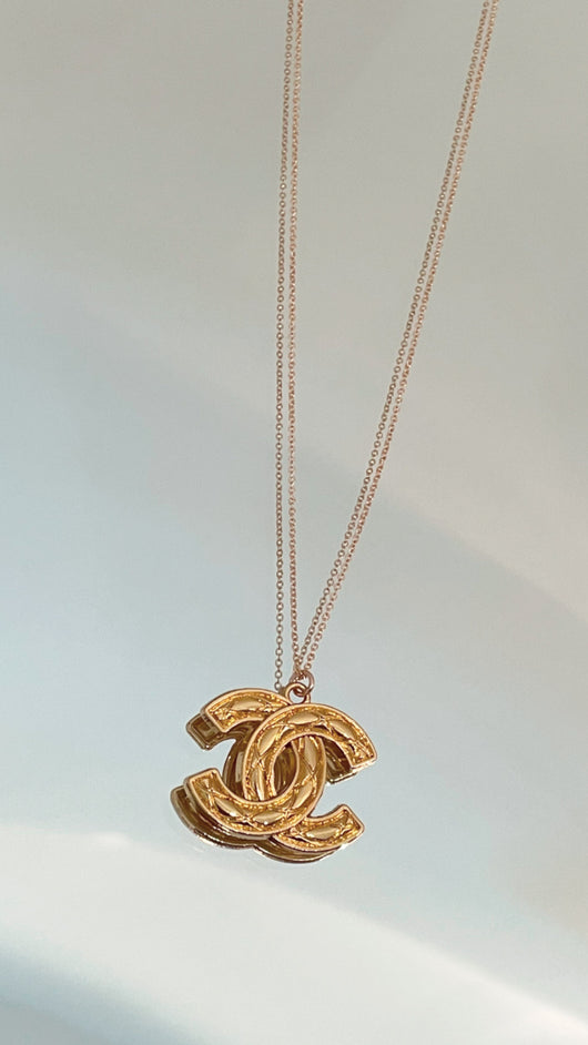 Gold Quilted CC Logo Necklace