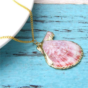 Scallop Shell Necklace III.