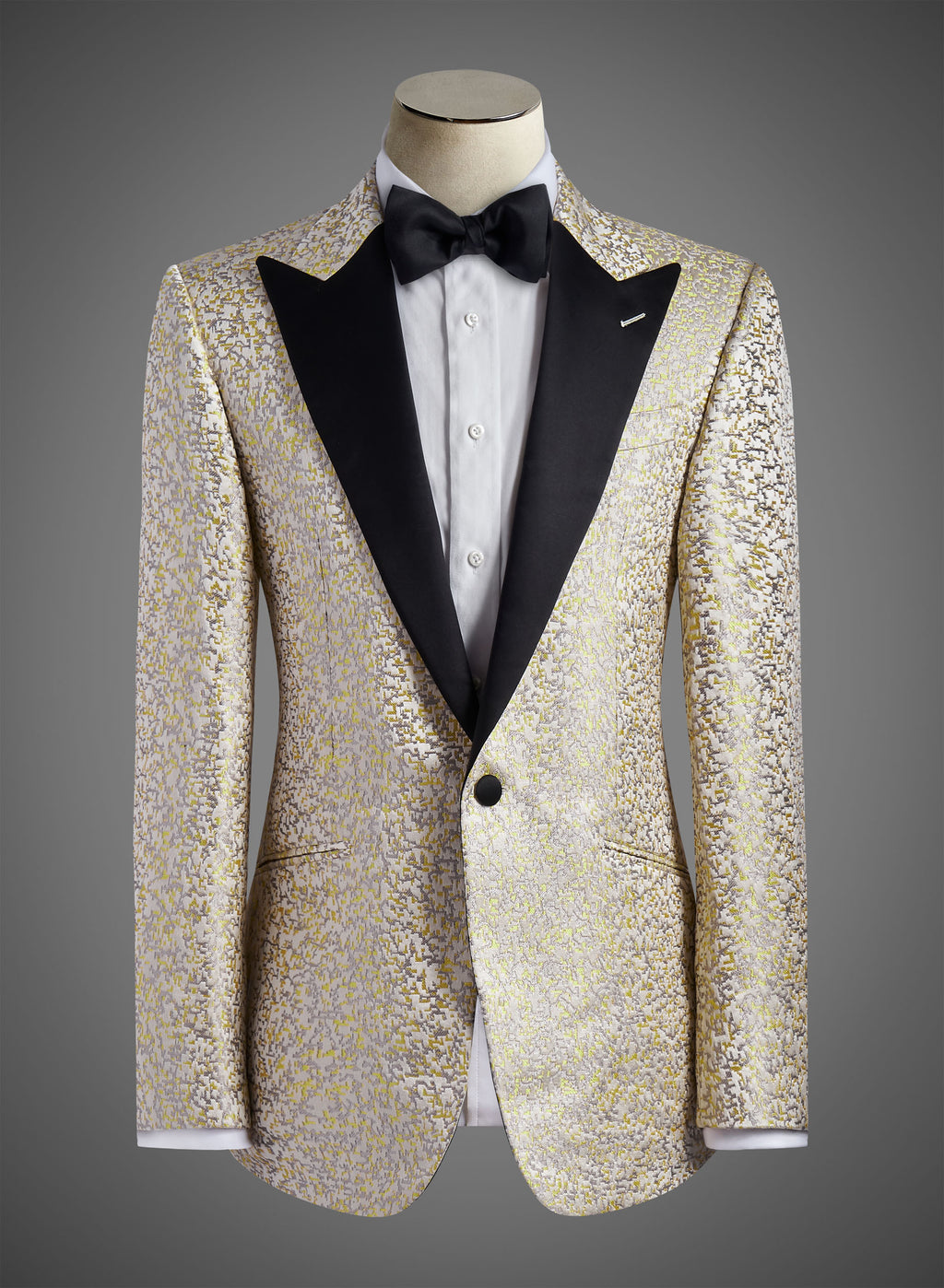 BW SIGNATURE JACKET - Satin Peak Lapel  (Impression 3874 05)