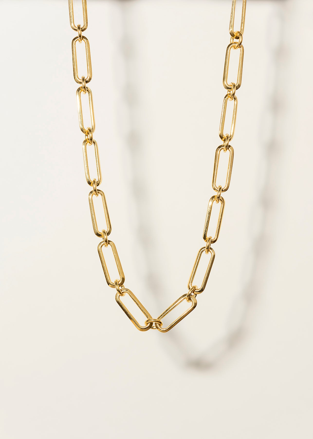 Middle Chain Necklace