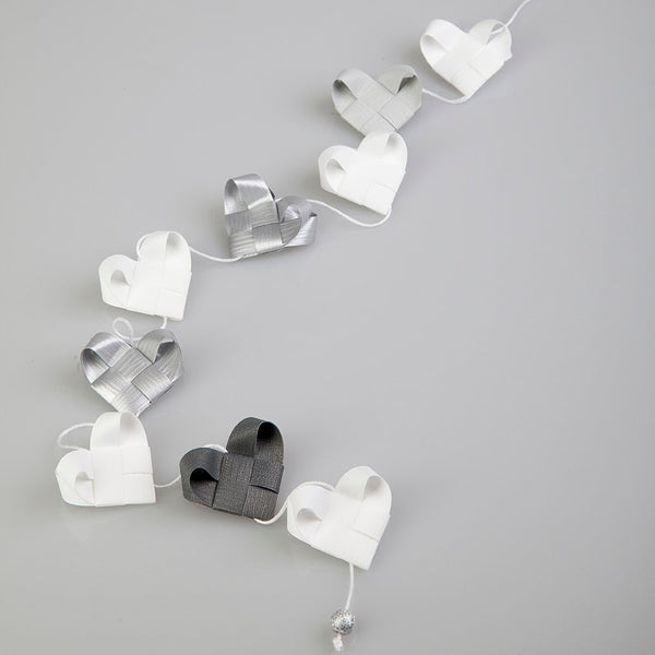 White & Silver - Heart garland no 1