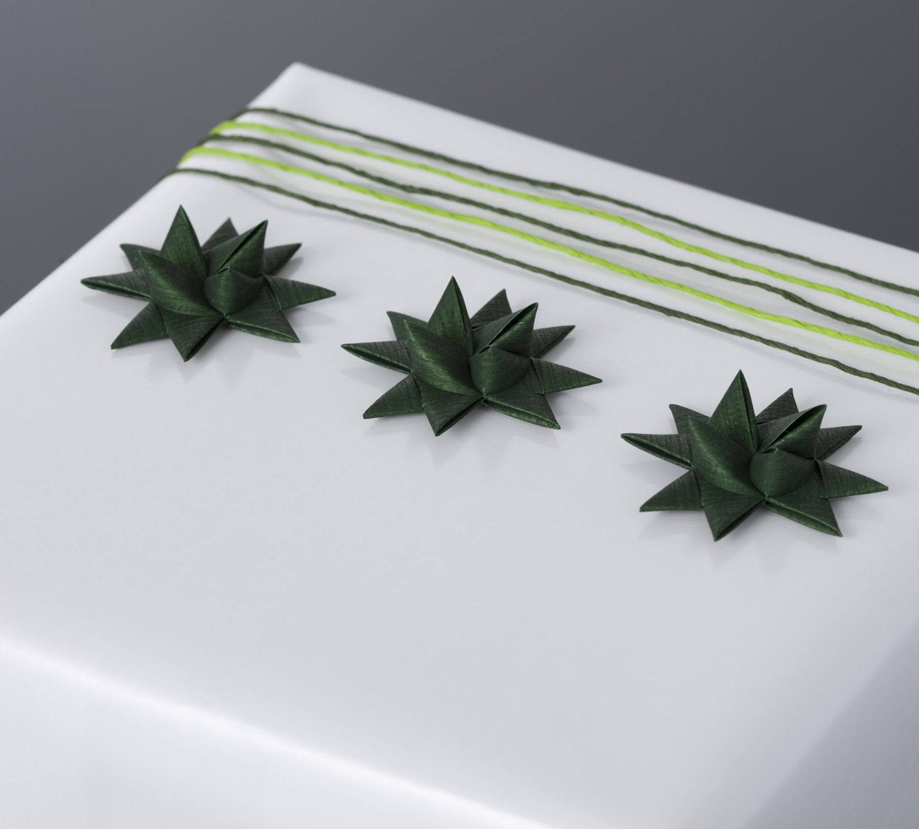 Dark Green half star with tape S - 12 pcs