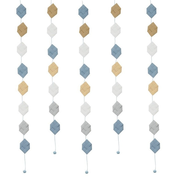White & Gray Blue prism garland no 18