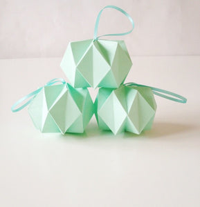 Mint Crystal Balls - 3 pcs