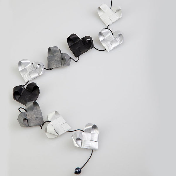 Black & Silver - Heart garland no 3