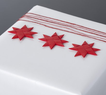 Red flat star with tape S - 12 pcs