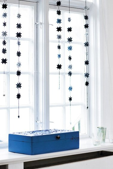 Black & Gray Blue - star garland no 16