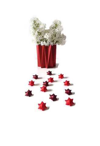 Mini cube stars for table or gift decoration 15 pcs - 3 red colors