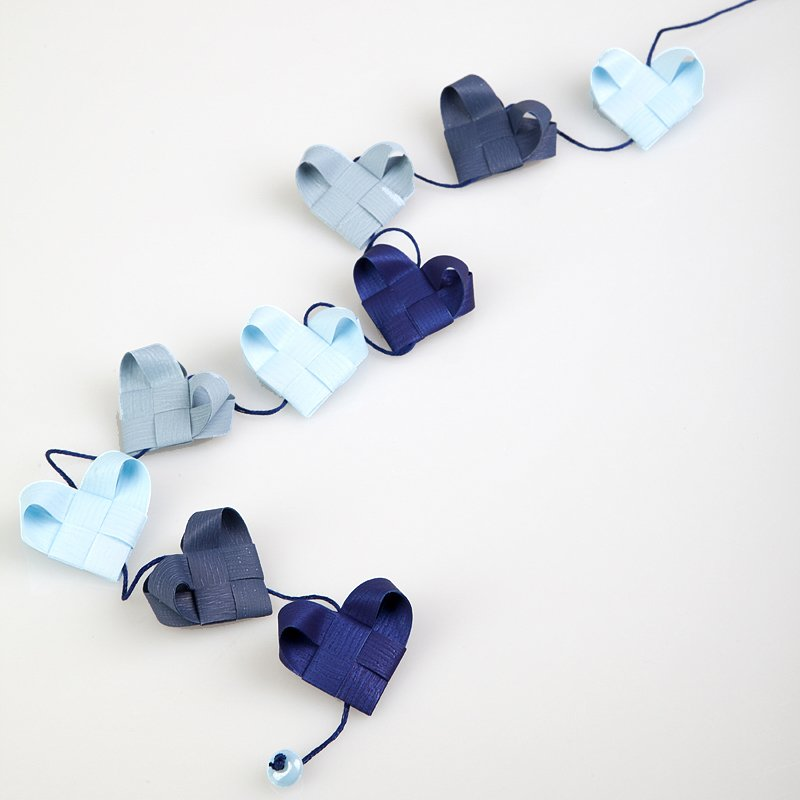 Pure Blue - Heart garland no 6
