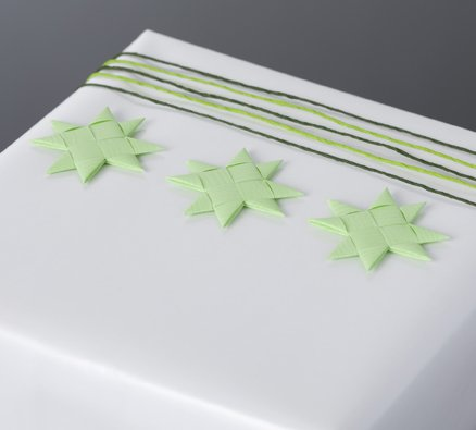 Pistachio flat star with tape S - 12 pcs