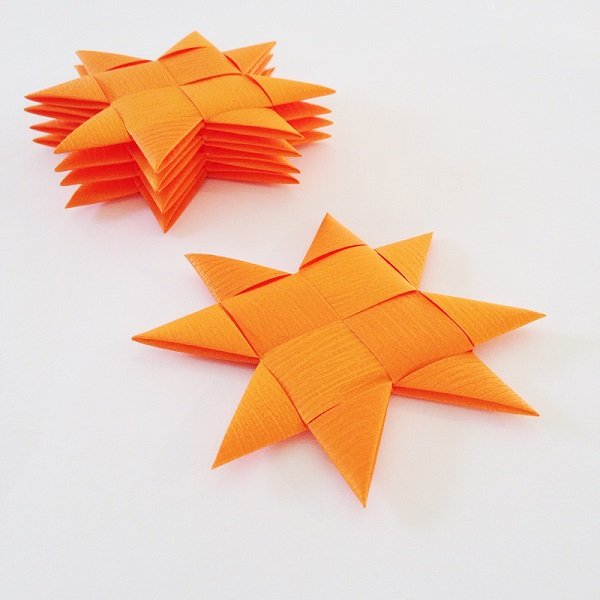 Orange flat star with tape M - 5 pcs