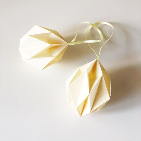 Soft yellow origami easter eggs - 2 pcs