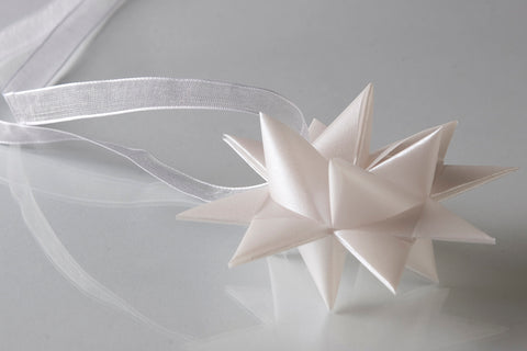 White translucents star S - 2pcs