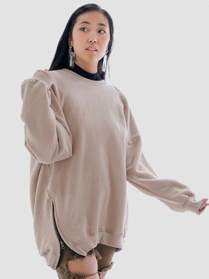 The Oversized Sweatshirt in Mauve