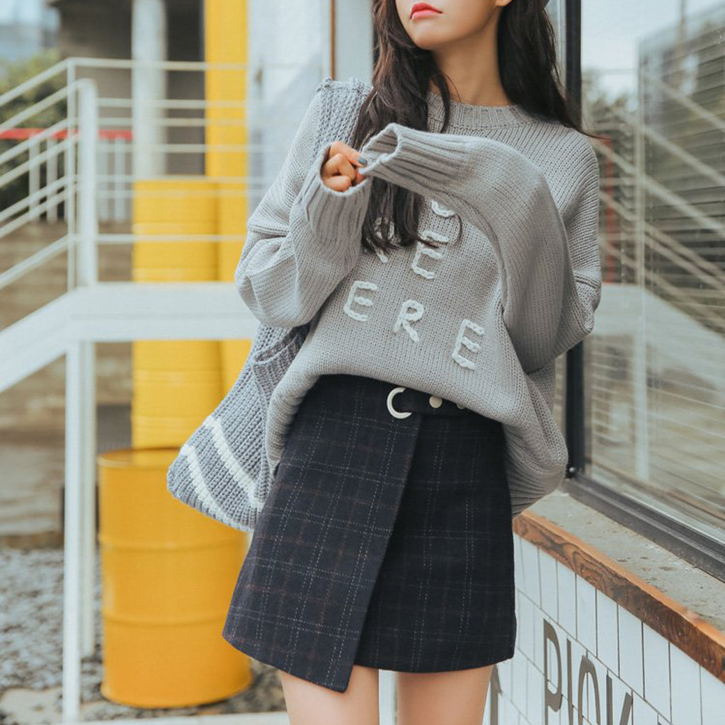 Woolen Plaid Retro Skirt in Navy