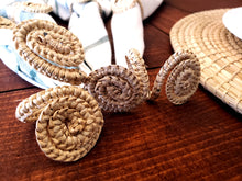 Load image into Gallery viewer, Iraca Handmade Infinity Napkin Rings