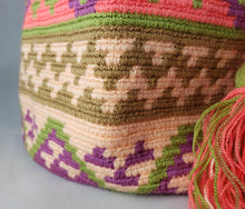 Load image into Gallery viewer, Amelia - Wayuu Authentic Mochila Bag Wholesale