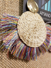 Load image into Gallery viewer, Antonia - Iraca Palm Leaf Handwoven Earrings Wholesale