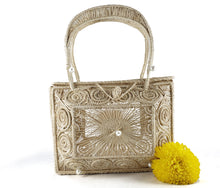 Load image into Gallery viewer, Roxana - Rectangle Iraca Palm Authentic Handmade Handbag