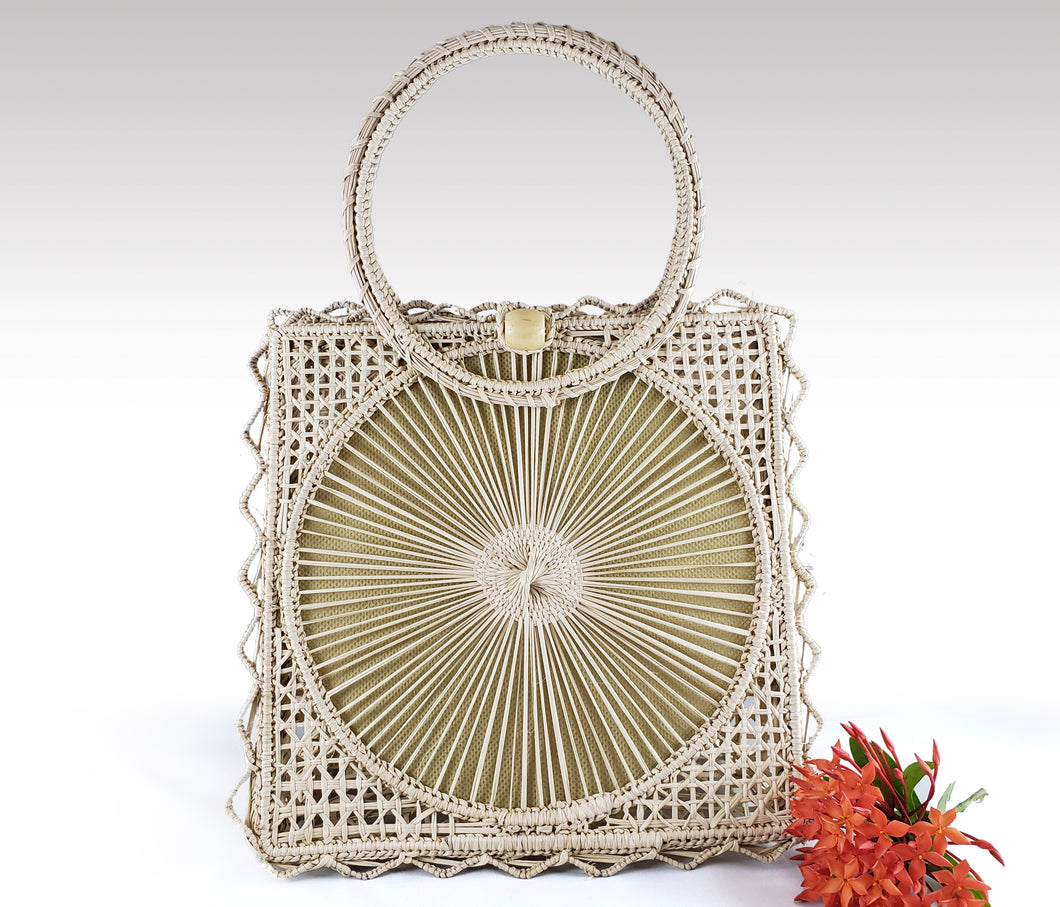 Tita - Iraca Palm Authentic Handmade Handbag