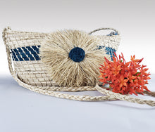 Load image into Gallery viewer, Agustina -  Iraca Palm Handmade Bag Wholesale